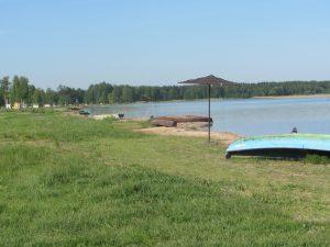 Май. Пляж озеро Свитязь, шацкие озера